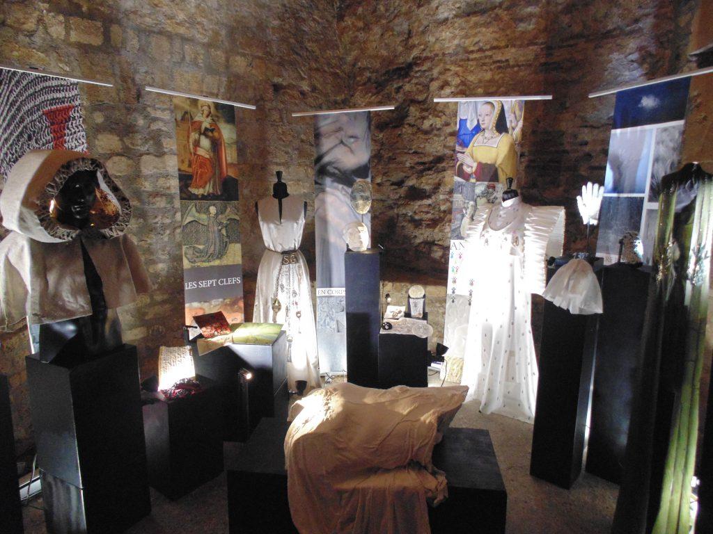 Broderie Art Textile Moyen Âge Cluny Exposition Paris Duperré
