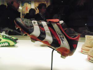 Marche et démarche ; histoire de la chaussure ; exposition ; Paris ; musée des arts décoratifs ; mode ; chaussures