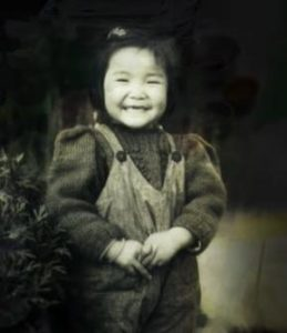 自画像《我七十岁了》和1945年五岁的袁旃