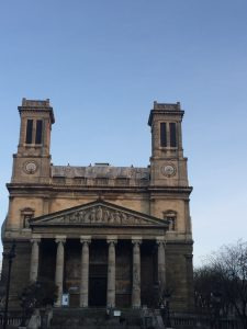 Façade de l'église Saint-Vincent-de-Paul (Xe arrondissement)